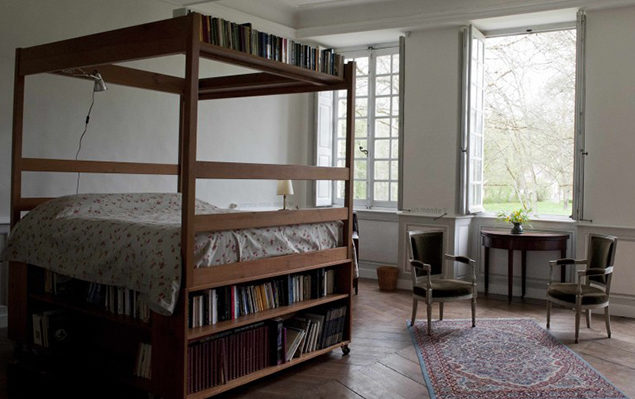chambre_lit_bibliotheque_