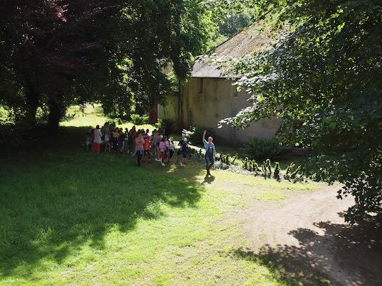Géraldine trubert et les enfants au château de Lusigny